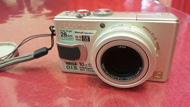 Цифровая фотокамера DMC-LX2
