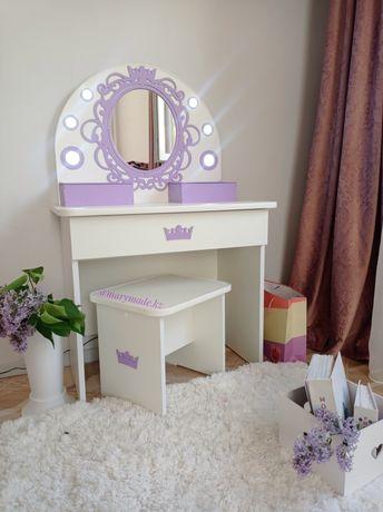 Туалетный столик столик красоты детская мебель стол