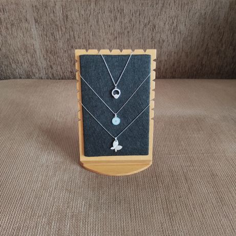 Suport / Organizator bijuterii din lemn