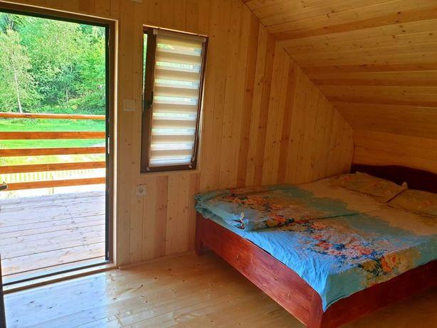 Închiriez cabana la Muntele Rece
