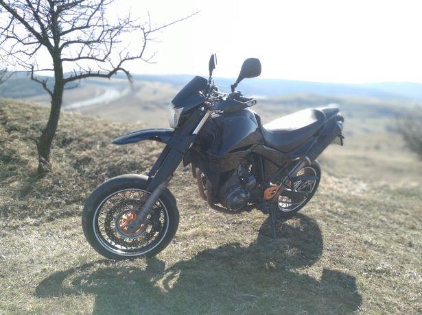 Yamaha XT660X (a2)