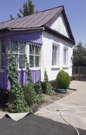 Дом 3 комнатный + 2 комнатная времянка в Ленгере.