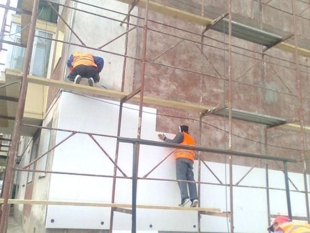 Firma construcții cu executări acoperisuri