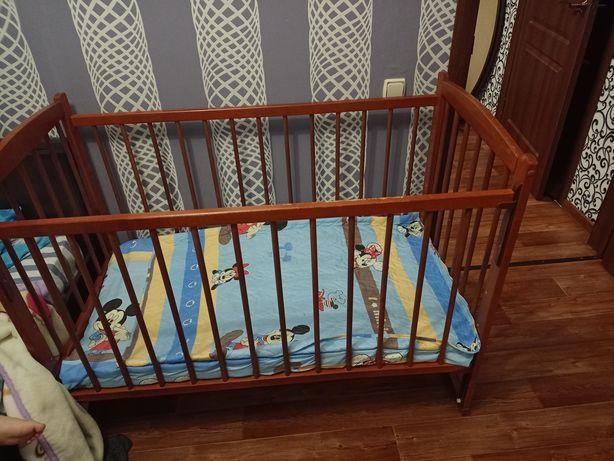 Продам детскую деревянную кроватку за 10000 тенге