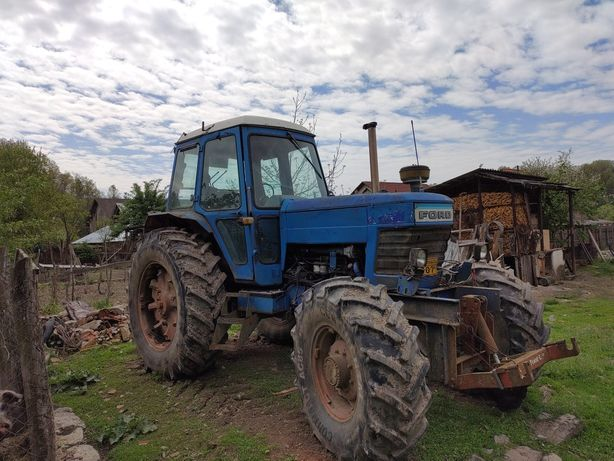 Vând tractor Ford TW 10