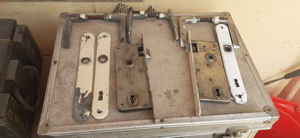 Стари брави с дръшки-15лв