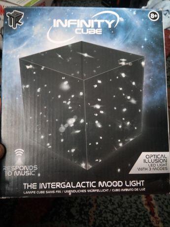 Cub de luminițe model deosebit