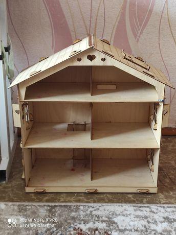 Кукольный домик высота 45… ширина 40 см.