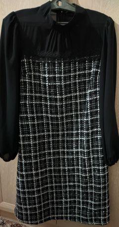 Продам женское платье