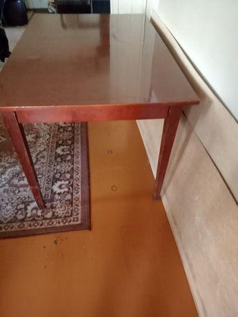 Продам полированный стол
