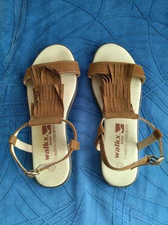Децки сандали за момиче