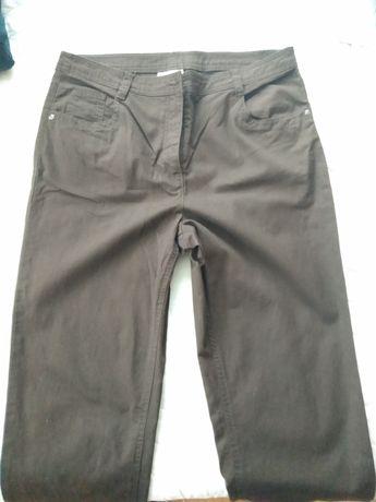 Панталони на CANDA
