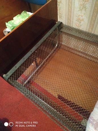 Панцирная кровать. Спинки деревянные полированные