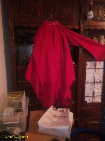 Poncho damă rosie stofă groass