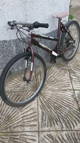 Продавам  немски велосипед
