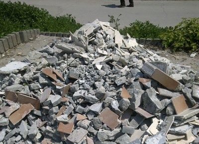 Изхвърляне на строителни и други отпадъци