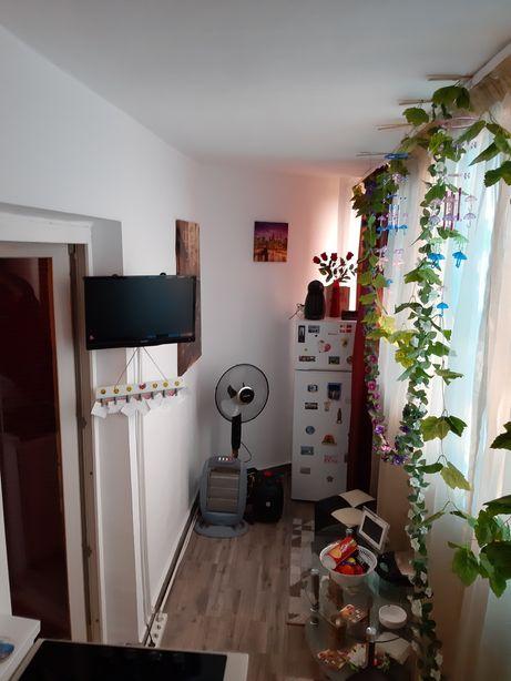 Schimb sau vand apartament 2 camere.