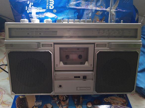 Продавам касетофони