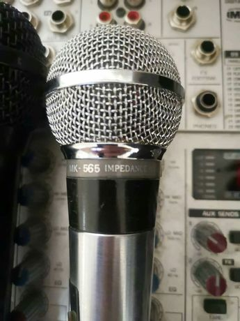 Продавам 6 бр. микрофони