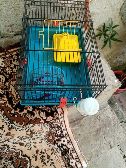 Cușcă hamster folosită puțin timp cu accesorii Manic - imagine 1