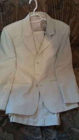 Costum barbati culoare alb