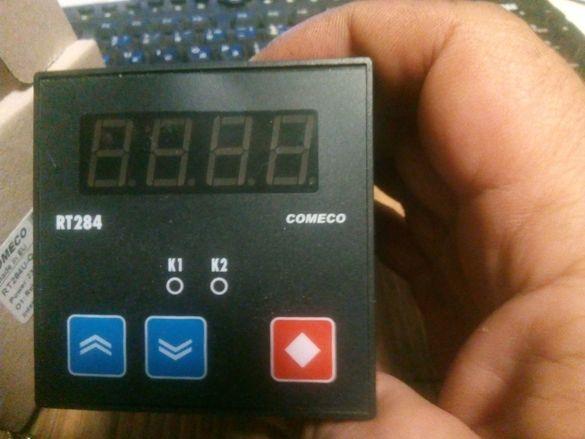 Продавам Универсален програмируем контролер Комеко RT 248U