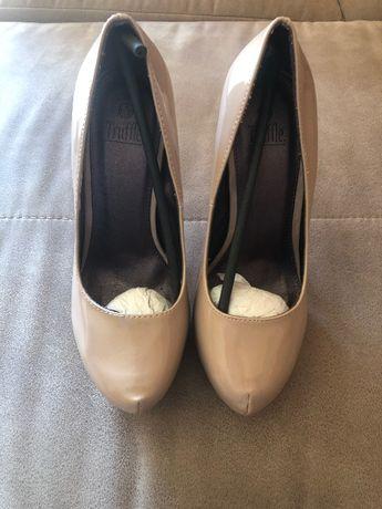 Дамски обувки (нови), р-р 39 гр. Сопот - image 2
