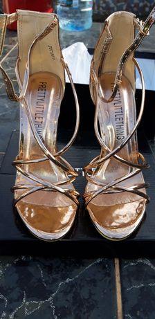 Sandale dama , marimwa 38
