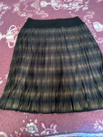 Продам юбку новую