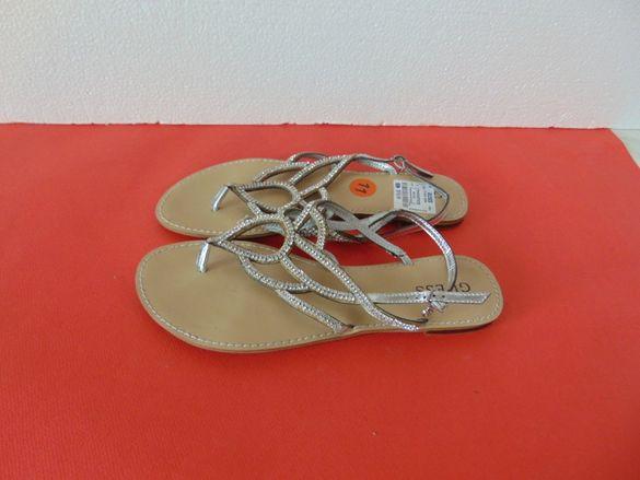 НОВИ Guess номер номер 40 Оригинални дамски сандали
