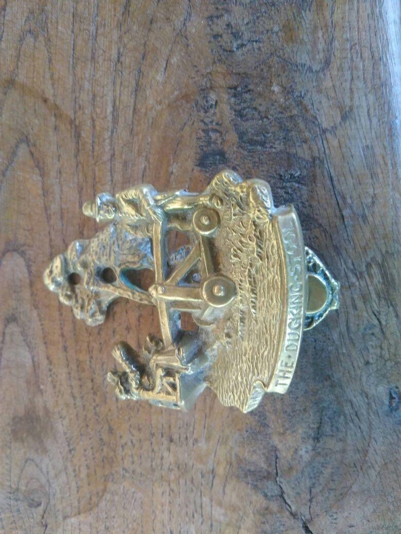 Продавам миниатюрно антикварно Чукало 19 век