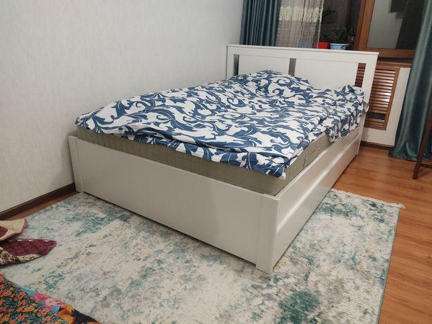 Кровать от IKEA 140×200