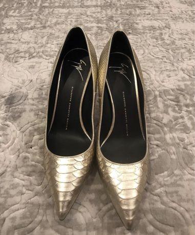 Pantofi Giuseppe Zanotti originali