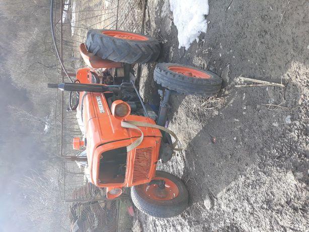Vând sau schimb tractor fiat 415 45cp in stare bună!