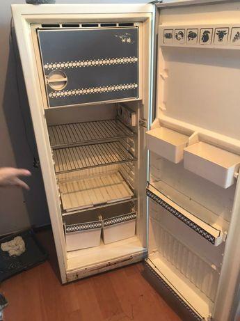 Продаётся холодильник советский в хорошем состоянии