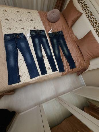 Продам джинсы для девочек