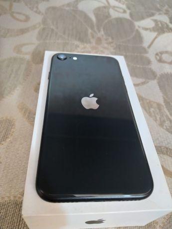 iPhone se2 64gb в идеальном состоянии