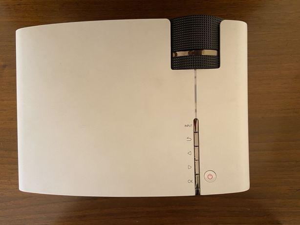 Продам проектор Новый модель byintek K1 pluse
