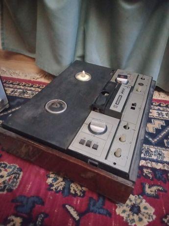 Магнитофон Маяк 203 , советский, антикварный