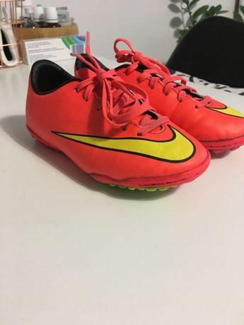 Калеври Nike