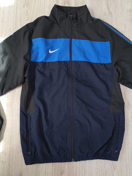 Jachetă NIKE originala (marime S/M) NOUA - import Germania