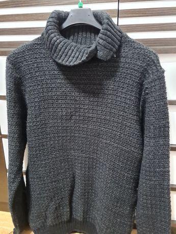 Vând pulover bărbați.