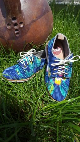 Чисто нови сладурски обувчици