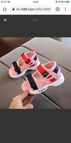 Детский обувь абсолютно новый сандалии