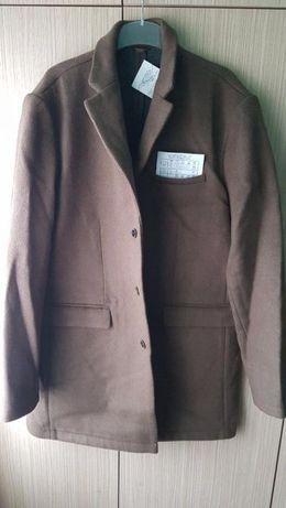 Palton barbati marime 58 - 60 , Rezerved