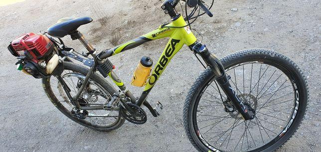 Велосипед Испанский с мотором Honda