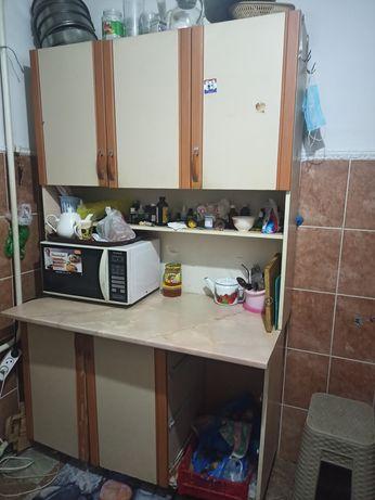 Продам кухонный шкаф