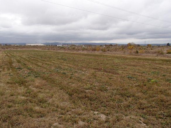 Земя за промишлени нужди в Аксаково