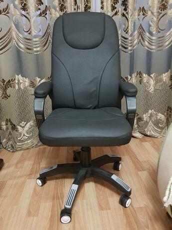 Кожанное кресло ZETA