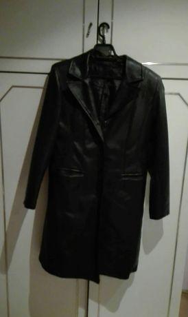 Дълго дамско кожено палто